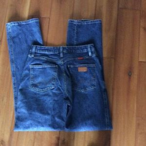 Wrangler jeans size 5/6 x 32